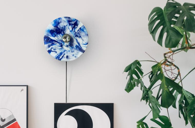 Polimeer creates interior design products with soft plastic waste ( LDPE 4 ). Made in Amsterdam to last.
